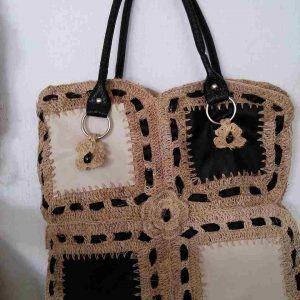 muz-lifinden-sanat-eserleri-bayan çanta-farklı renklerde kare temalı-141