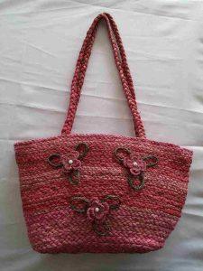 muz-lifinden-sanat-eserleri-bayan çanta-kırmızı tonlarda ve üç çiçek temalı-110