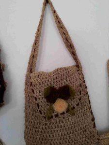 muz-lifinden-sanat-eserleri-bayan çanta-kapaklı-124